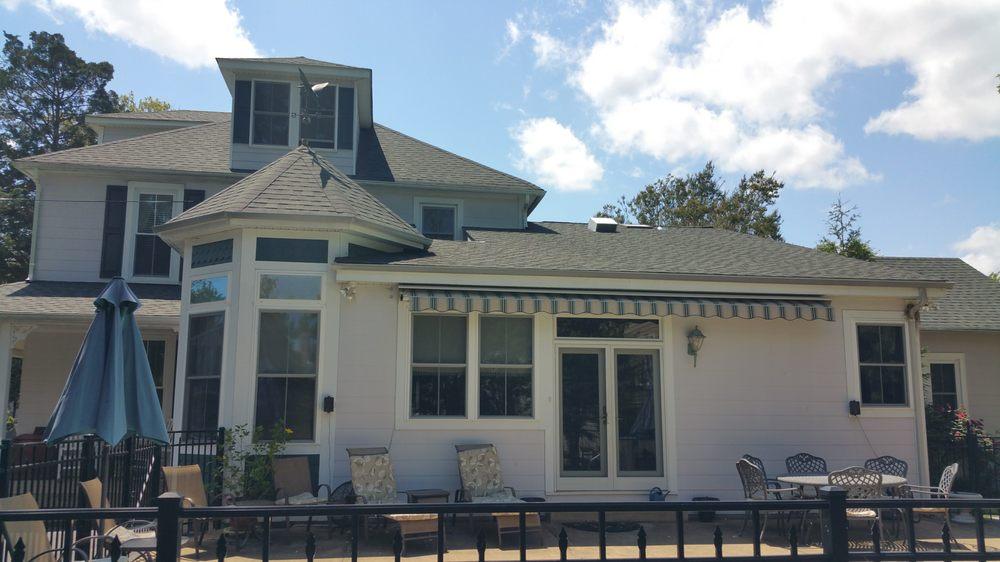 Colonial Beach Plaza Bed & Breakfast: 21 Weems St, Colonial Beach, VA