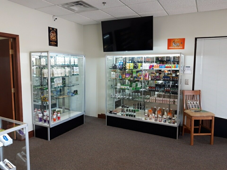 Brothers Smoke & More: 710 Clearwater Ctr, Clearwater, MN