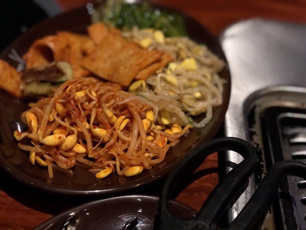 Izziban Sushi And Korean BBQ