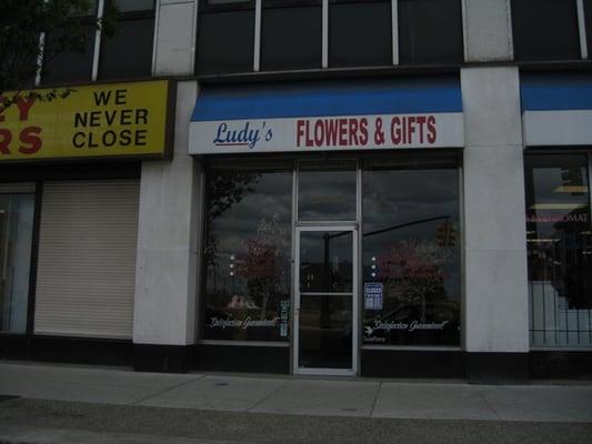 Photo of Ludy's Flower Shop - Detroit, MI, United States