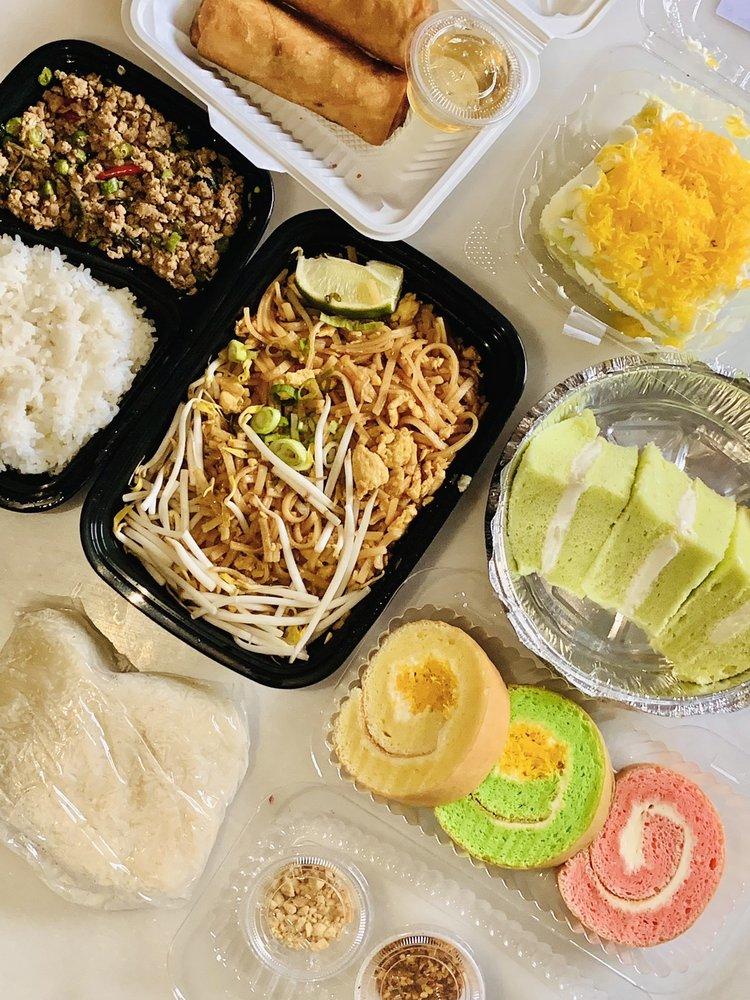 Thai Sunday Market: 2544 Hwy 100 S, St. Louis Park, MN