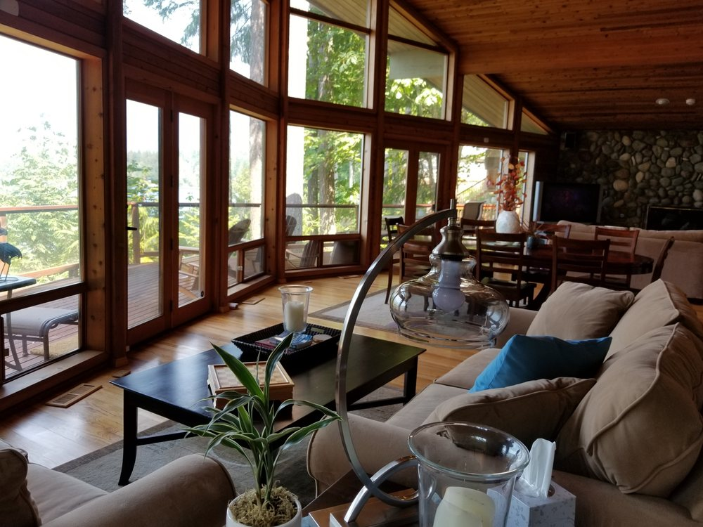 Samara Lake House on Lake Cushman: Hoodsport, WA