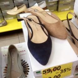 huge selection of db47a 2ae25 Centro Stock - Negozi di scarpe - Via Torino, 64, Centro ...