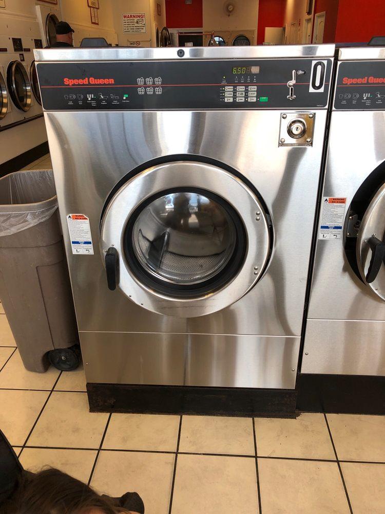 Coinvenient Laundromat: 2172 Main St, Dunedin, FL