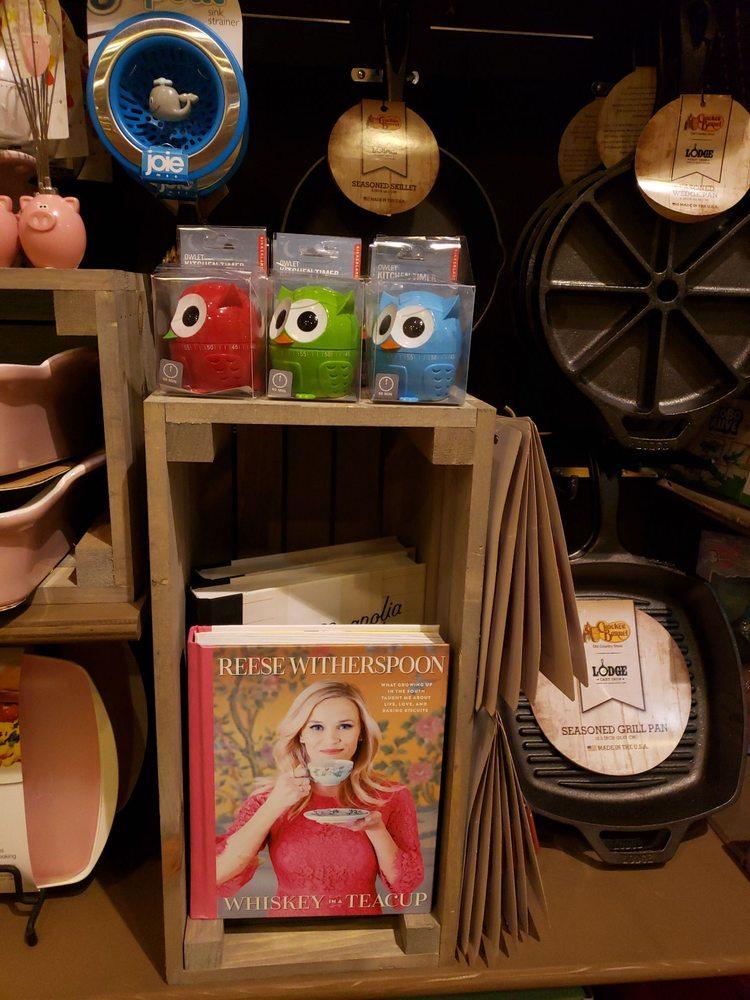 Cracker Barrel Old Country Store: 74 Hospitality Ln, Cadiz, KY