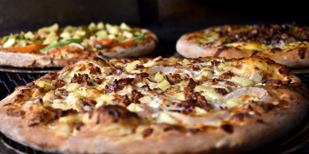 Trailblazer Craft Pizza & Brews: 15690 Johnson Pl, Grass Valley, CA