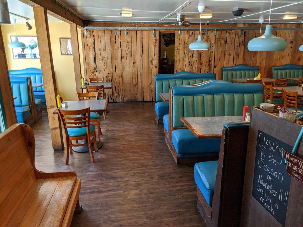 Lucky Buck Cafe: 7647 State Highway 120, Groveland, CA