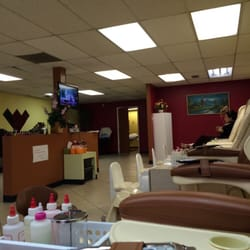 Photo of Magic Nails - Albuquerque, NM, United States. Passing through town,