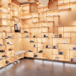 Camper - 17 Photos - Shoe Stores - Via Montenapoleone 6 f376103e090