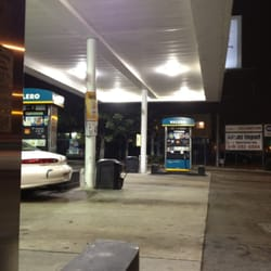 Cheapest Gas In San Diego >> Valero Gas Station - San Diego, CA | Yelp