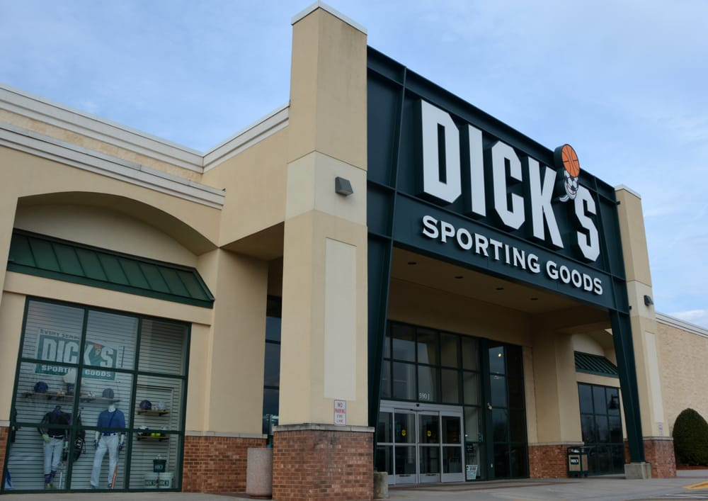 DICK'S Sporting Goods: 590 J River Hwy, Mooresville, NC