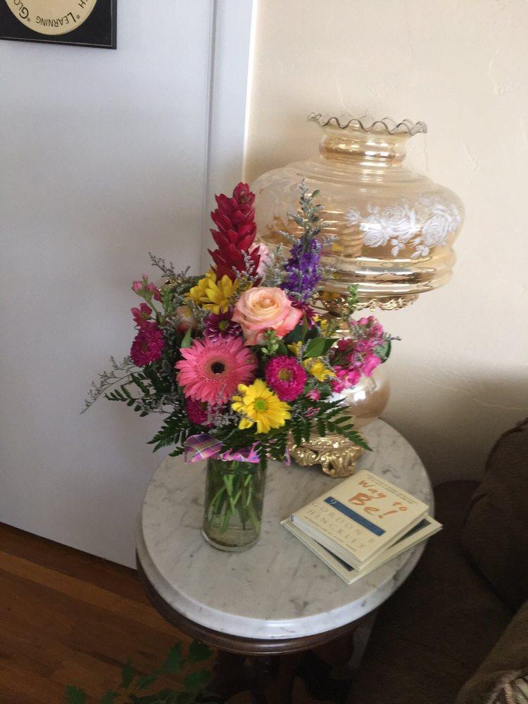 Daisy Hollow Floral: 75 N Main St, Malad City, ID