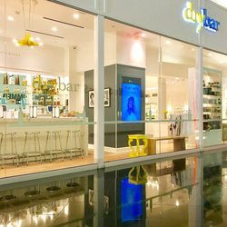 Photo Of Drybar Las Vegas In The Miracle Mile S Nv
