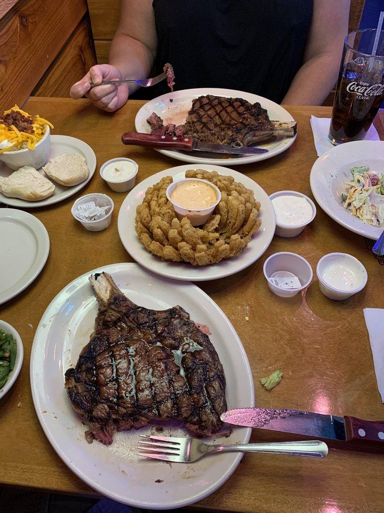 Texas Roadhouse: 3738 Eagle Blvd, Brighton, CO
