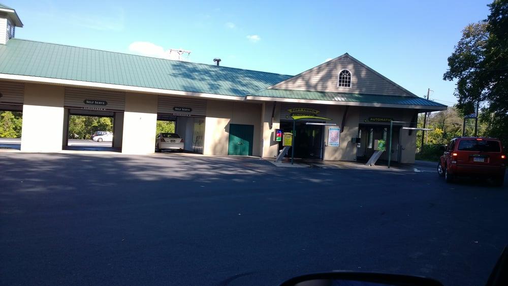 Boulevard Station Automatic Carwash: 102 S Logan Blvd, Burnham, PA
