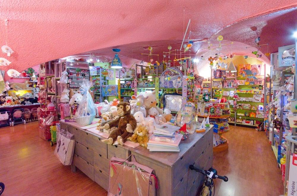 il etait une fois 18 photos magasin de jouets 1 rue cassette 6 me paris france num ro. Black Bedroom Furniture Sets. Home Design Ideas