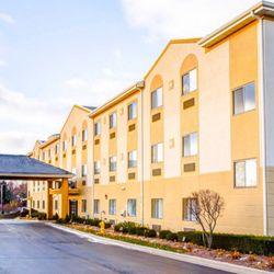 Photo Of Comfort Suites Lombard Addison Il United States