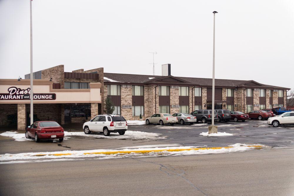 ridge motor inn hotels 2900 new pinery rd portage wi