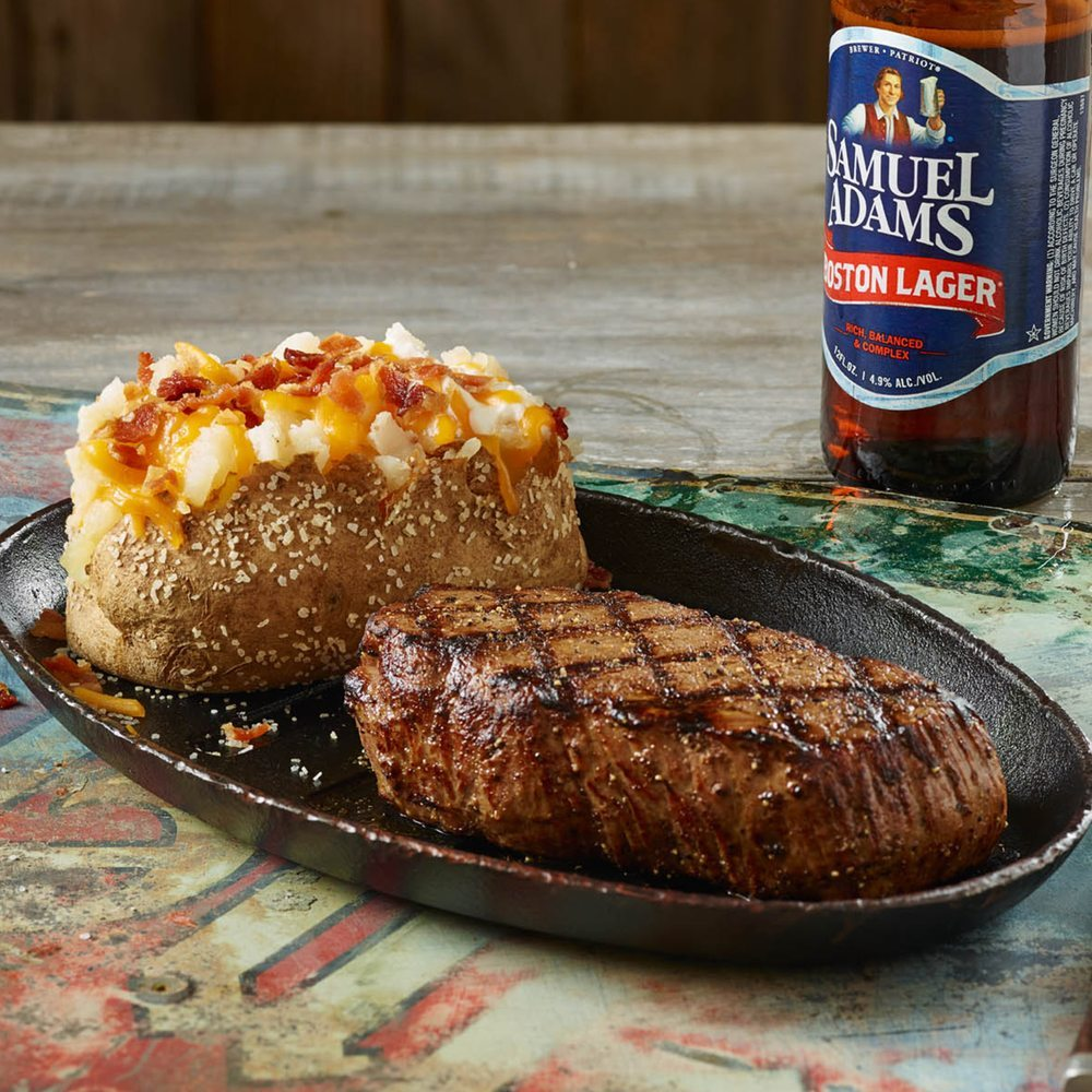 Food from Logan's Roadhouse