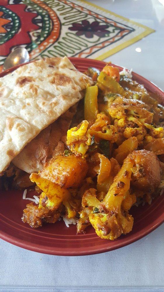 Winchester Taste of India: 1060 Millwood Pike, Winchester, VA