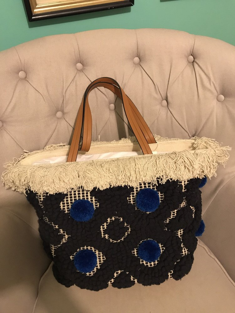 8c719b50df6 My first Tory Burch and ideal beach or pool bag. It s big enough to ...