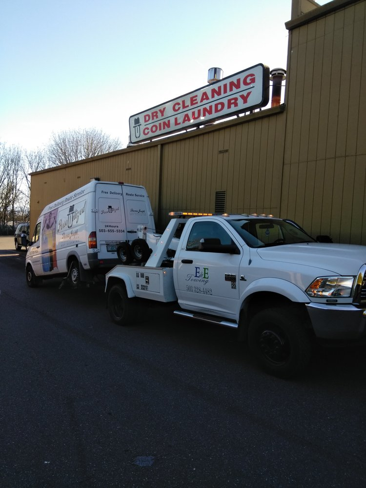Towing business in Fairview, OR
