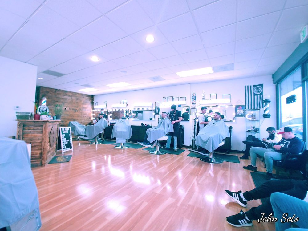 The Barber Lounge: 4500 Pacific Hwy E, Fife, WA