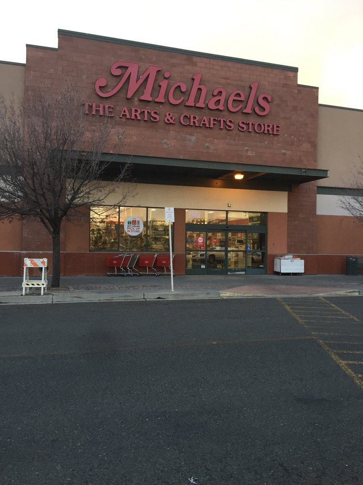 Michaels: 3250 Gateway Blvd, Prescott, AZ