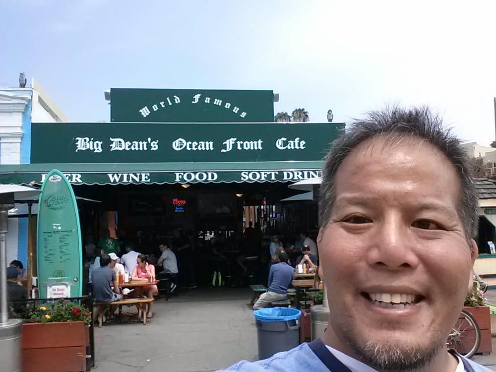 Big Dean S Oceanfront Cafe Santa Monica Ca