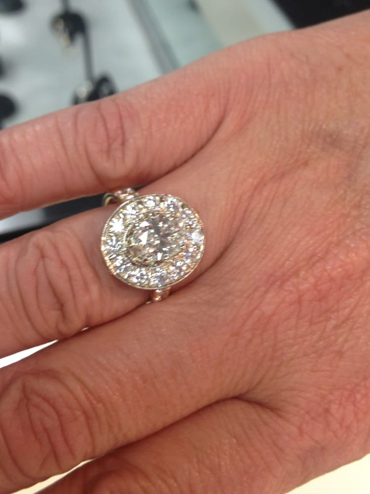 G A Pope Fine Jewelry: 321 N King St, Hendersonville, NC
