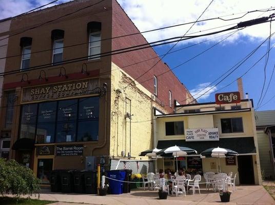 Blue Heron Cafe And Bakery Mi