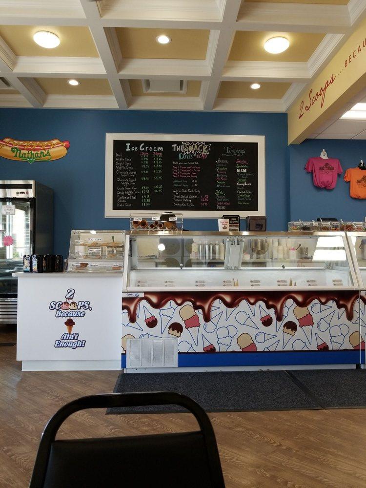 2 Scoops Ice Cream Shop: 403 Franklin St, Waterloo, IA