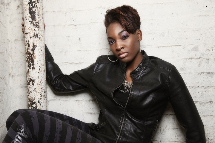 Val's International Hair Designs: 16150 Woodlawn Ave E, South Holland, IL