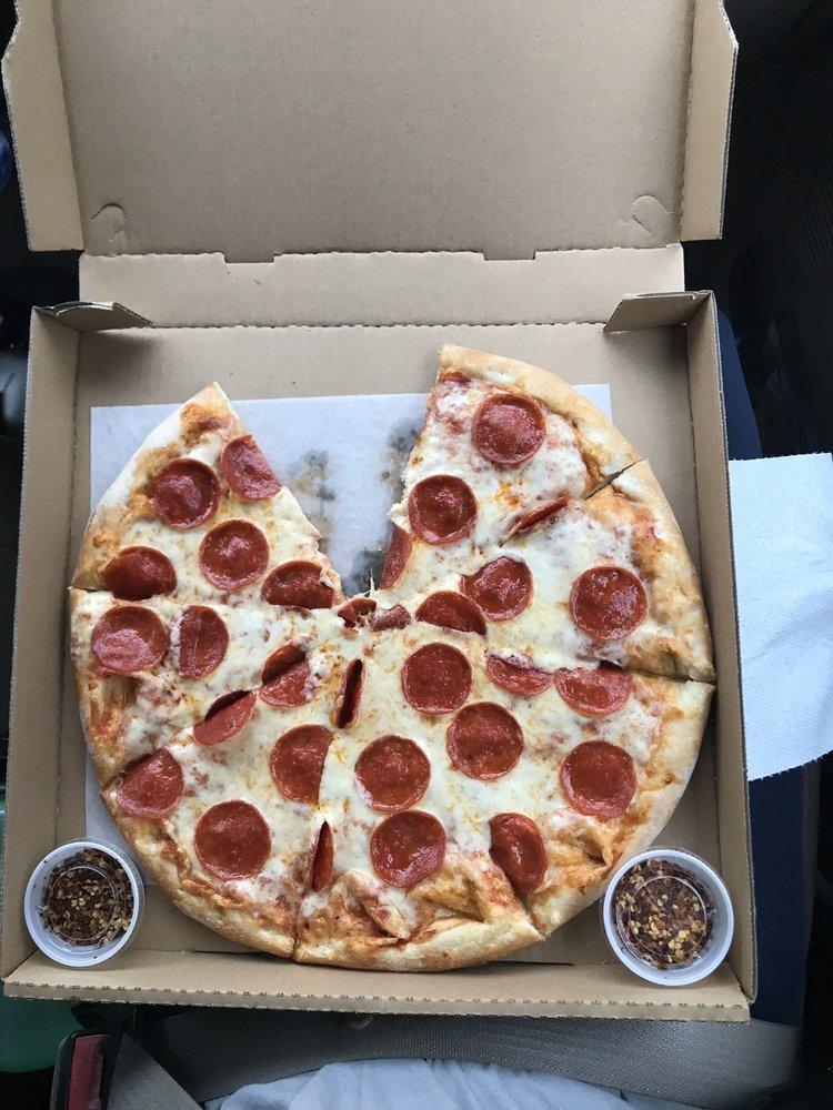 Kristi's Pizza: 111 S Main St, Candor, NC