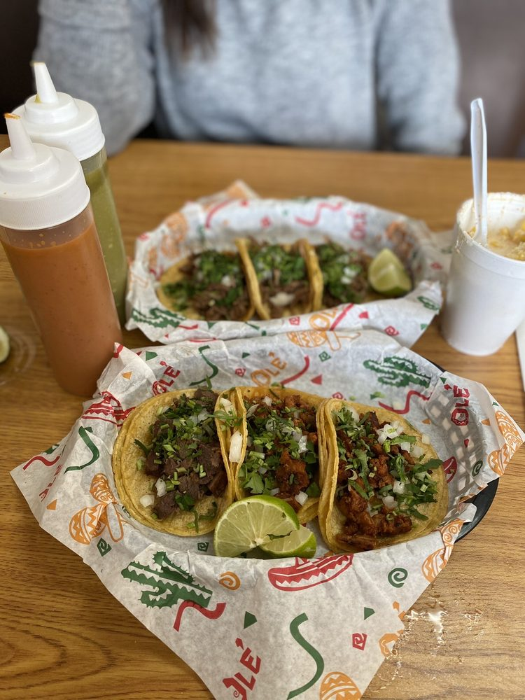 Tacos Locos: 1255 N Washington Ave, Durant, OK