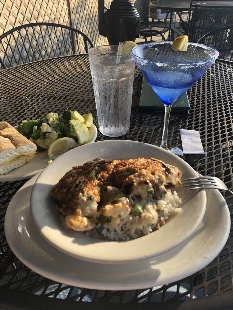 Waterfront Grill: 5201 Desiard St, Monroe, LA