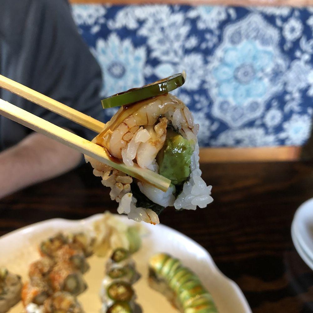 Kobayashi Sushi & Asian Kitchen: 2295 Greenfield Ave, Noblesville, IN