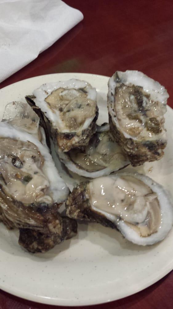 Photos for linda 39 s seafood market yelp for Fish market savannah ga