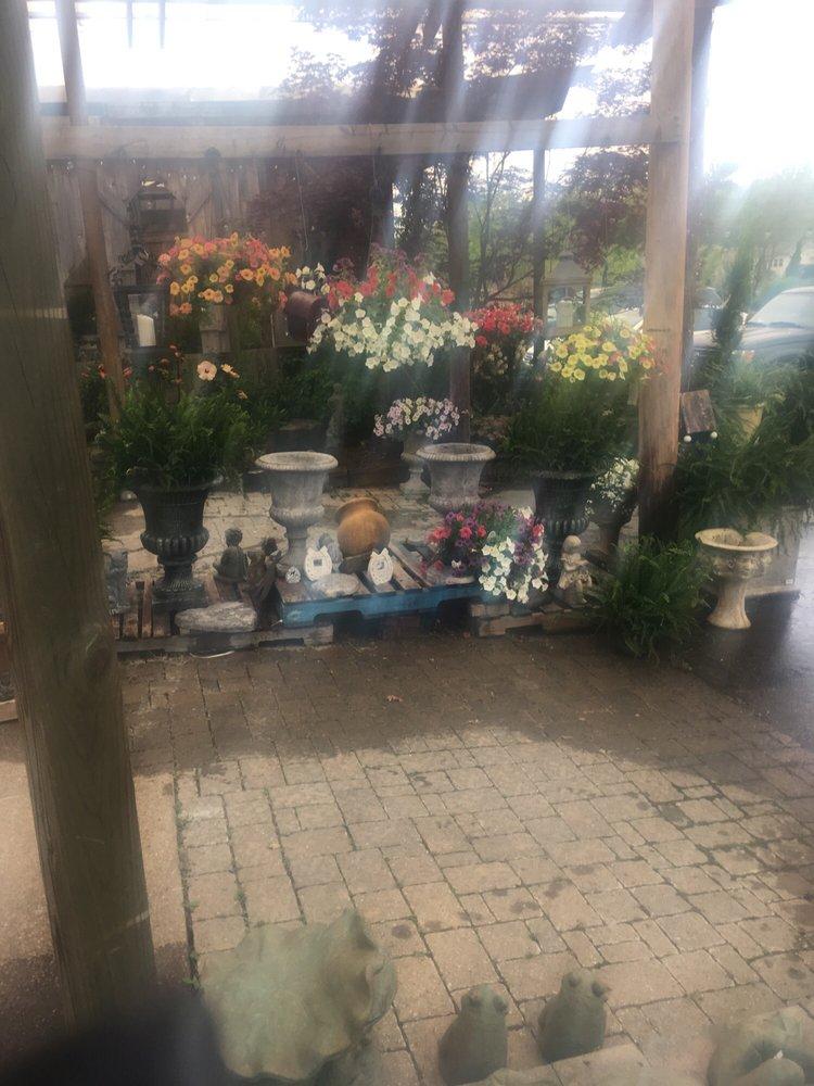 Soleil Garden Center: 2317 Nailling Dr, Union City, TN