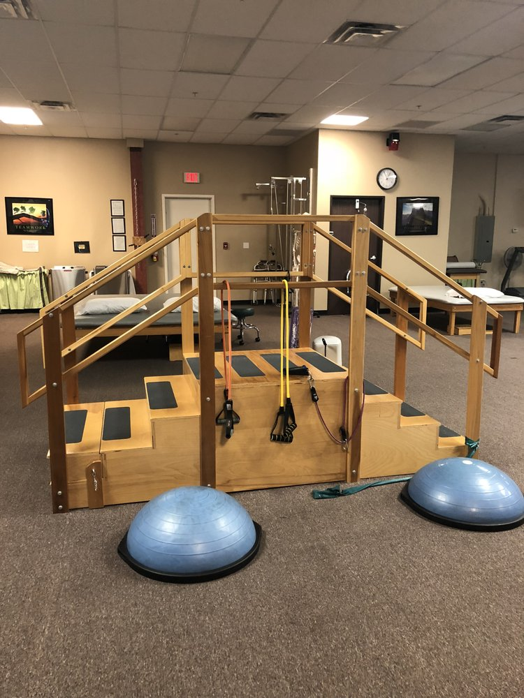 Paragon Physical Therapy: 2585 Miracle Mile, Bullhead City, AZ