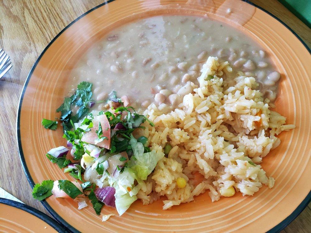 Food from Borreguitas Bar Express