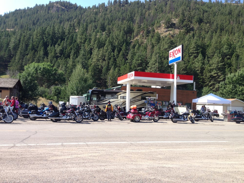 Canyon Store: 175 Recreation Rd, Wolf Creek, MT