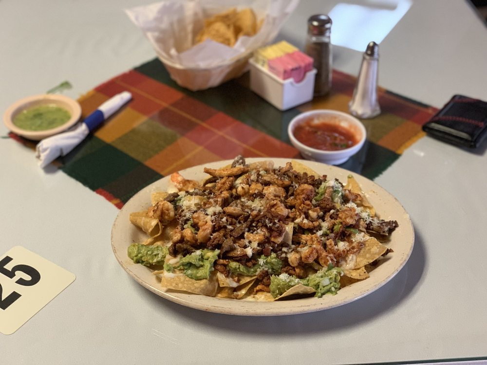 El Paraiso Acapulco Mexican Restaurant: 1404 E Race St, Searcy, AR