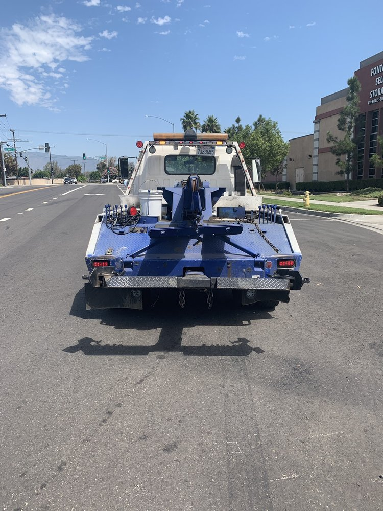 Towing business in Downey, CA