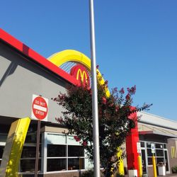 Photo Of Mcdonalds Restaurants Hanover Md United States Outside Arundel Mills