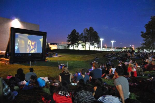 Funflicks Outdoor Movies Get Quote Cinemas 10041