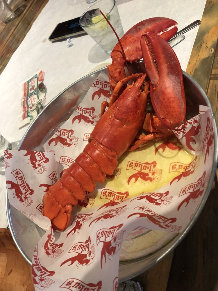LuLu's Lobster & Wing Shack: 388 Medford Ave, Patchogue, NY