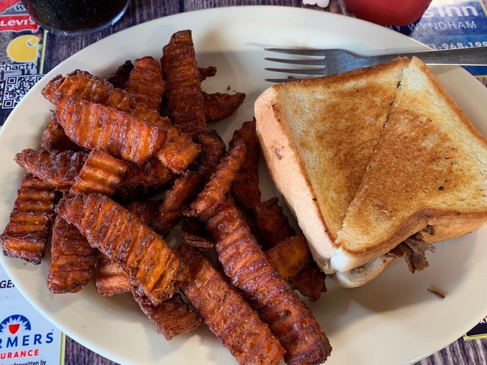 countryside diner: 380 E Church St, Lexington, TN