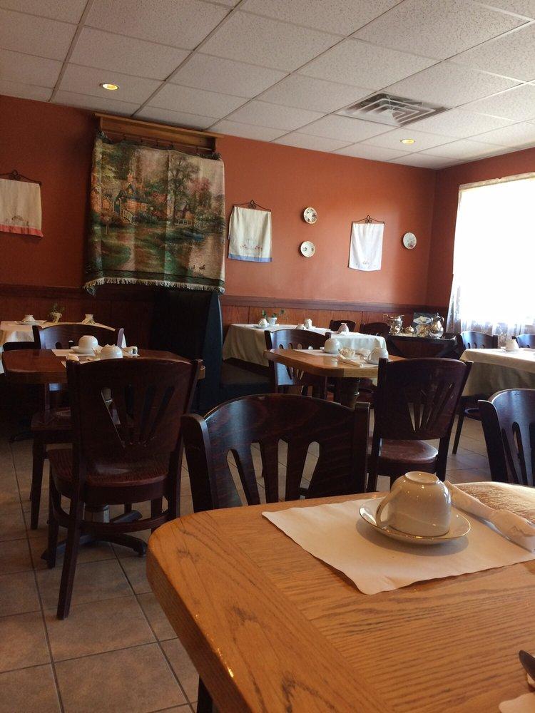 Bridgewater Village Bakery: 337 W Grove St, Middleborough, MA