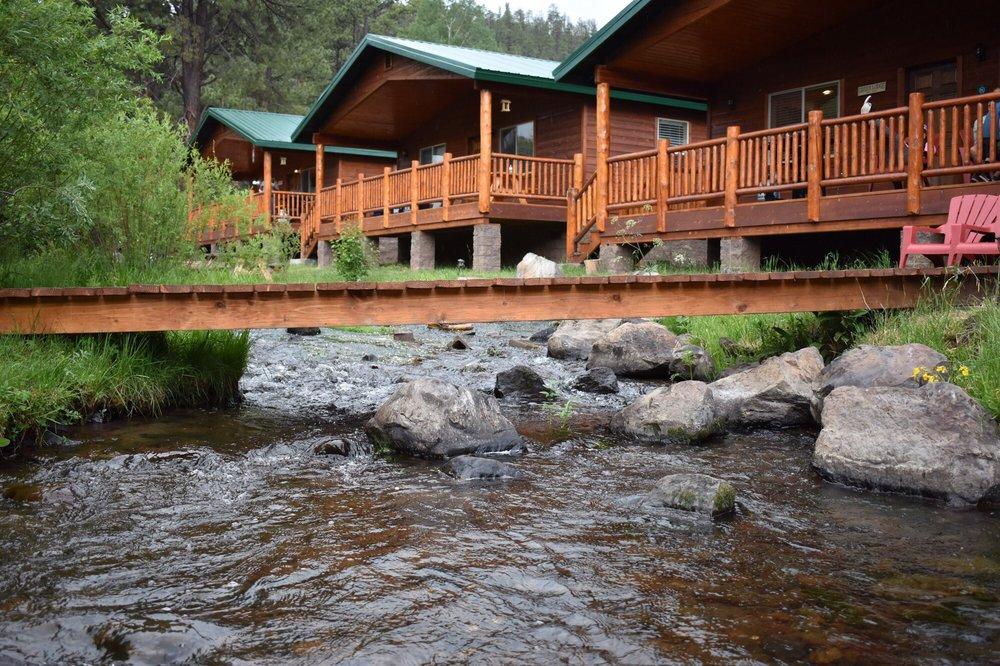 Greer Lodge Resort & Cabins: 80 Main St, Greer, AZ
